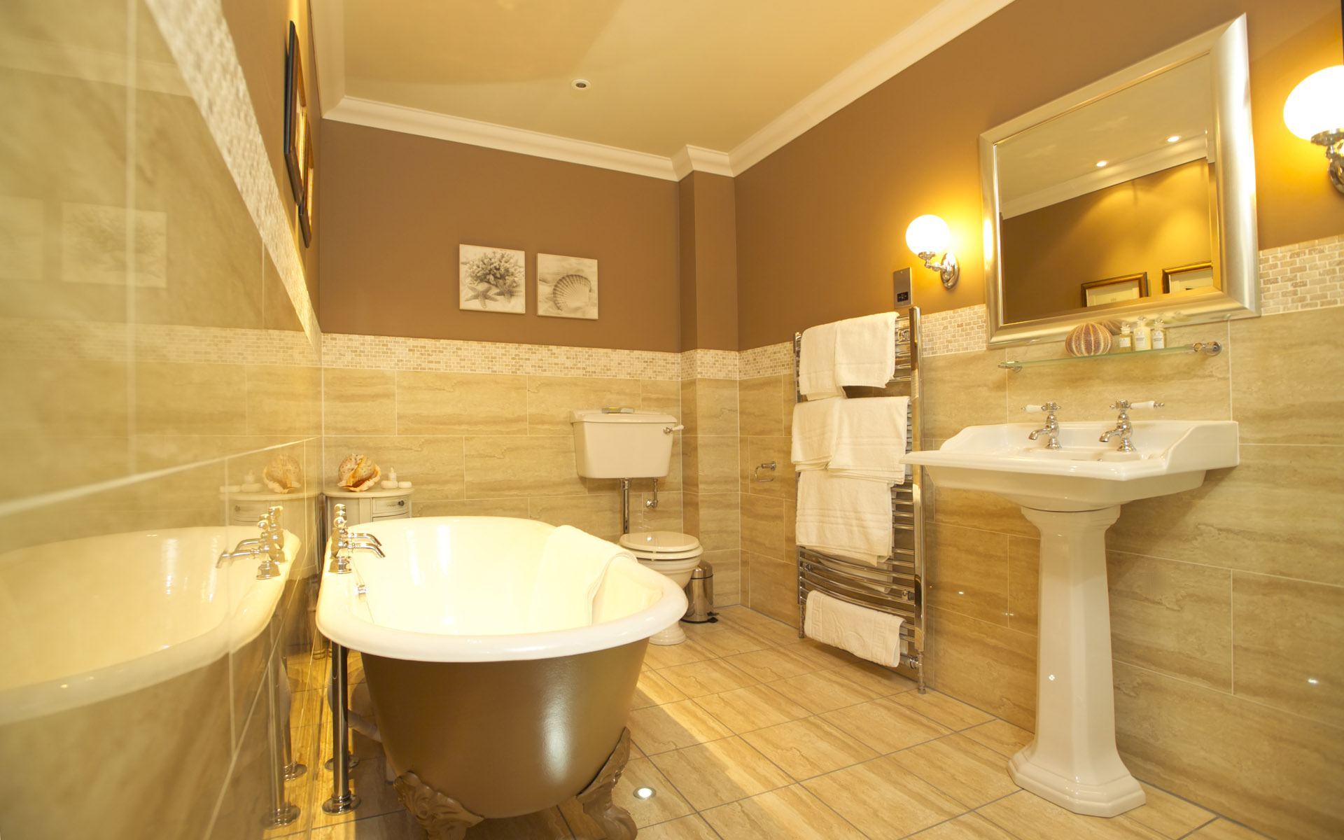 Bathromm Interiors Decorators